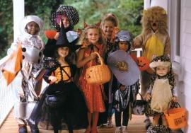 http://laroutesansfin.files.wordpress.com/2009/10/deguisements-enfants-halloween.jpg?w=270&h=187