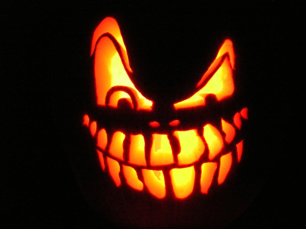 http://laroutesansfin.files.wordpress.com/2009/10/halloween-citrouille1.jpg